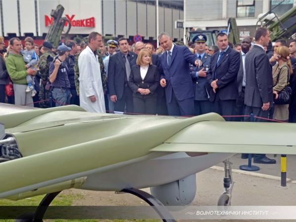 Учешће ВТИ на централној прослави Дана Војске у Лесковцу